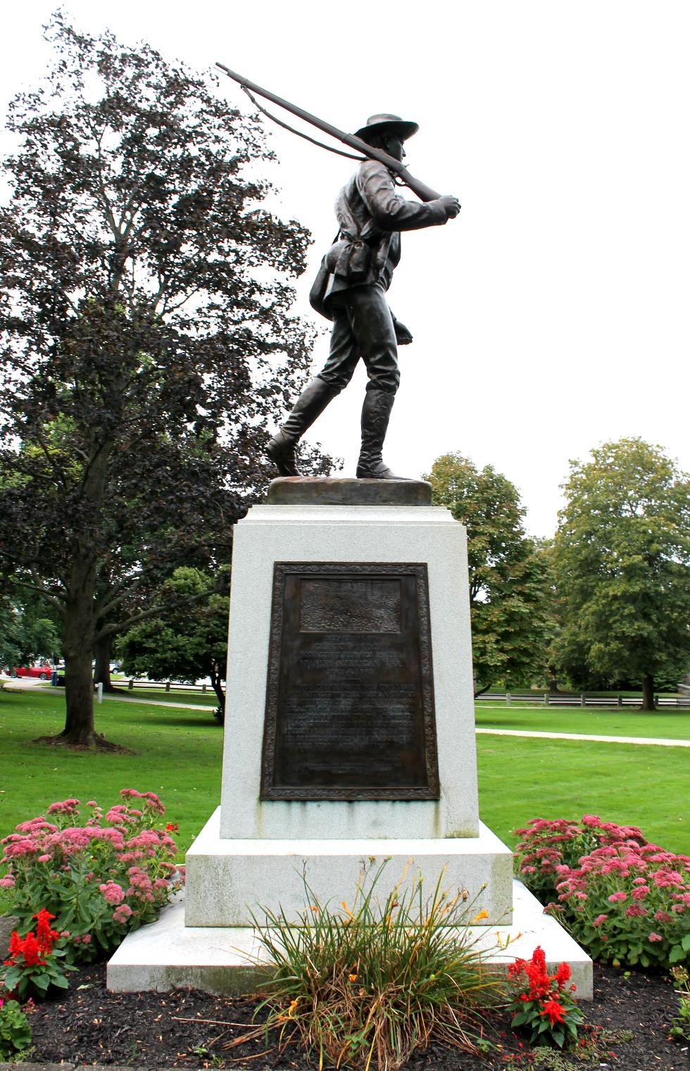 Clinton Massachusetts Spanish American War Veterans Memorial