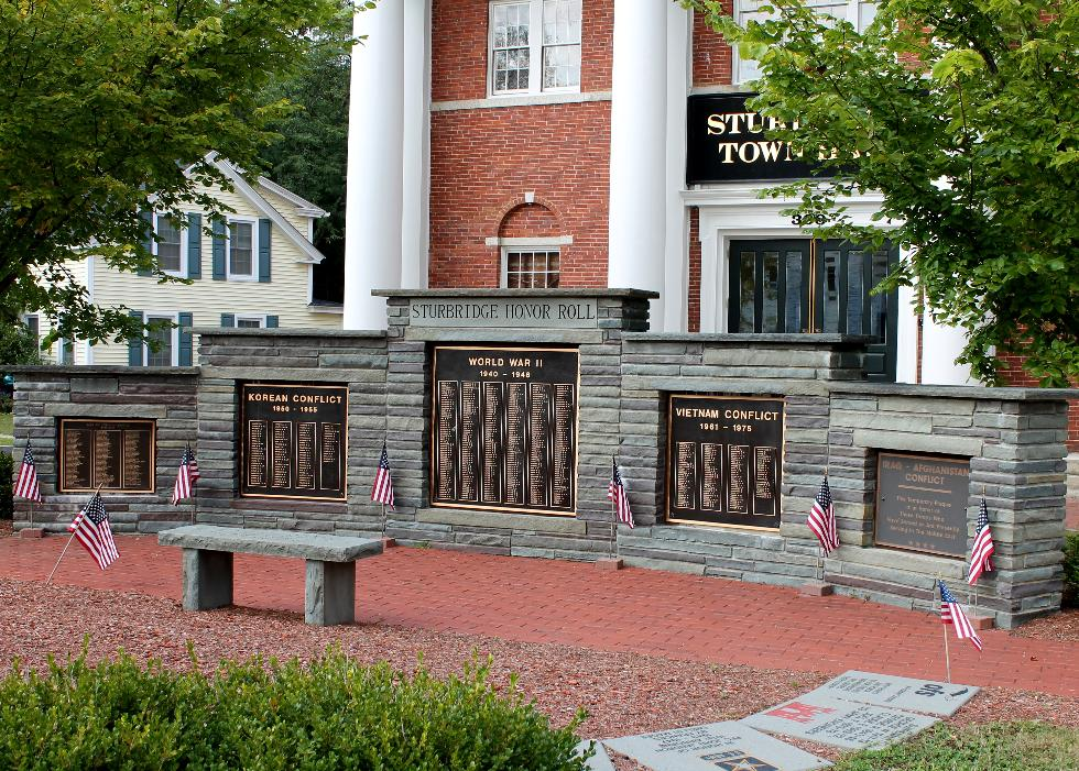 Sturbridge Massachusetts War of Indipendence - World War II Korean & Vietnam War Veterans Memorial
